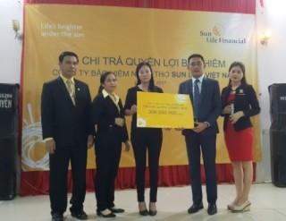 Sun Life Việt Nam chi trả quyền lợi bảo hiểm hơn 306 triệu đồng