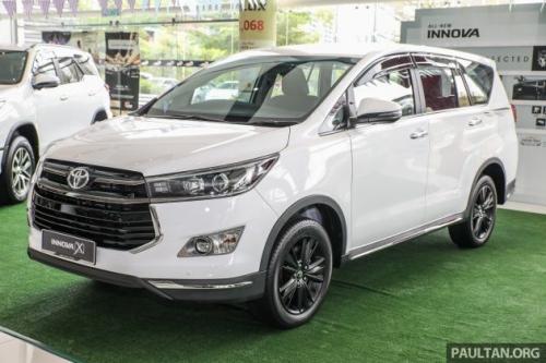 Toyota Innova 2.0X có giá từ 743 triệu đồng tại thị trường Malaysia