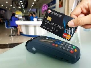 Giảm rủi ro khi gửi tiền ngân hàng