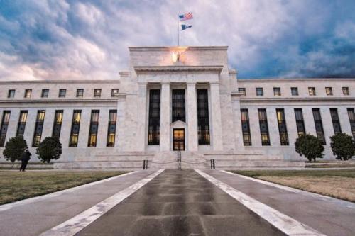 Fed sẽ tiếp tục tăng lãi suất
