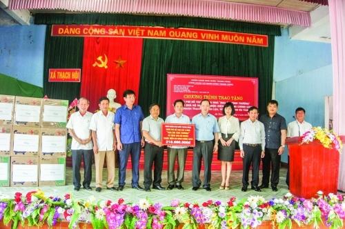 Công đoàn Ngân hàng Việt Nam: Chung tay chia sẻ với cộng đồng