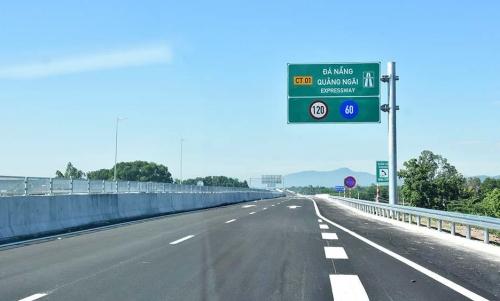 Đình chỉ công tác cán bộ liên quan đến dự án cao tốc Đà Nẵng - Quảng Ngãi