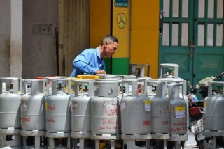 Giá gas tháng 10 tăng 24.000 đồng/bình 12kg