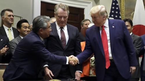 Mỹ ký thỏa thuận thương mại hạn chế với Nhật Bản