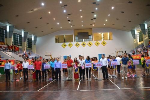 Sôi động Giải bóng chuyền hơi nữ ngành Ngân hàng Quảng Ninh lần thứ I
