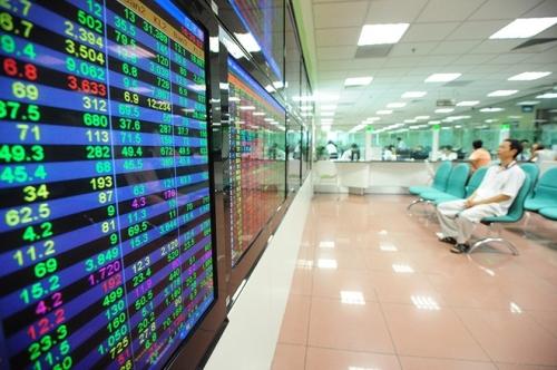 Lực bán chốt lời gia tăng, VN-Index giảm nhẹ