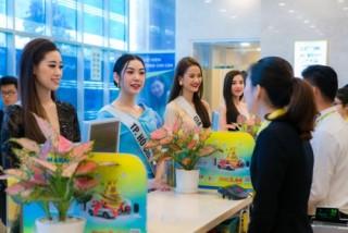 Hoa hậu trải nghiệm dịch vụ tài chính Nam Á Bank
