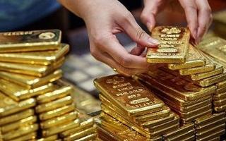 Thị trường vàng 22/10: Bạc xanh suy yếu và triển vọng gói kích thích tiếp tục hỗ trợ giá vàng trong dài hạn