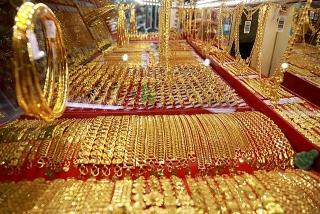 Thị trường vàng 23/10: Đô la hồi phục ép vàng lùi bước