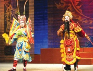 Đào tạo diễn viên nghệ thuật truyền thống: Đổi mới để tồn tại và phát triển
