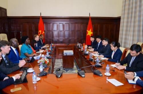 WB cam kết hỗ trợ tạo thuận lợi cho quá trình tốt nghiệp IDA của Việt Nam