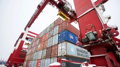 Xuất nhập khẩu tháng 10 của Trung Quốc giảm ít hơn mức dự báo