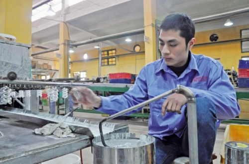 Di dời cơ sở công nghiệp ra khỏi nội đô Hà Nội: Cần hài hòa lợi ích của các bên liên quan