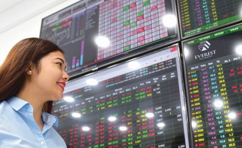 Thị trường chứng khoán: Tháng 11 mang theo những dấu hiệu tích cực