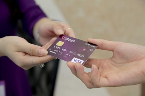TPBank nằm trong Top 3 ngân hàng có tốc độ tăng trưởng doanh số giao dịch thẻ Visa cao nhất