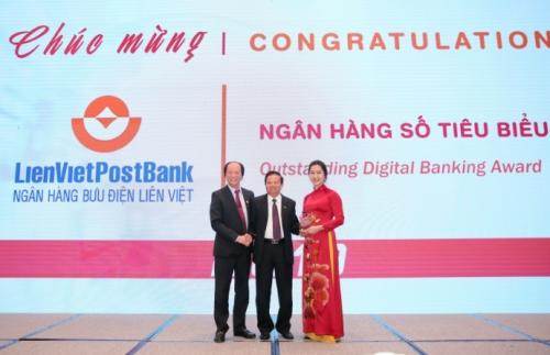 LienVietPostBank được vinh danh giải thưởng ngân hàng số tiêu biểu 2019