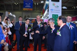 Vietnam Expo TP. HCM: Thu hút đầu tư nước ngoài và thúc đẩy thị trường nội địa