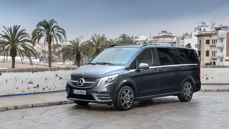 Mercedes-Benz V-Class 2020 giá từ 2,579 tỷ đồng có gì?