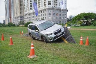 Mua Subaru Forester với giá chỉ từ 899 triệu đồng