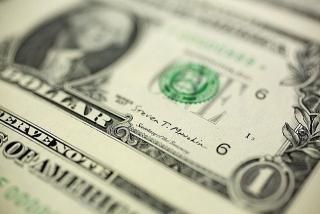 Tỷ giá ngày 18/11: Bạc xanh nhích nhẹ khi cổ phiếu Mỹ hạ nhiệt