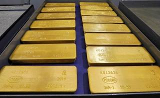 Thị trường vàng 25/11: Giá vàng thế giới vừa khoan thủng mốc 1.800 USD/oz