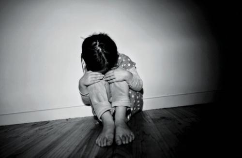 Nạn bạo hành trẻ em: Nhức nhối khôn nguôi!