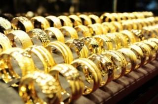 Vàng nữ trang được mùa cuối năm