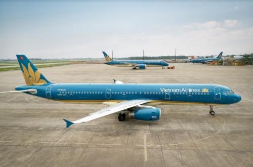 Vietnam Airlines và Jetstar Pacific nhận vận chuyển đào, mai dịp Tết