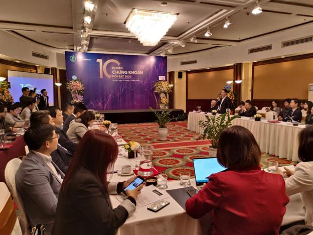 Chứng khoán Việt phục hồi ngoạn mục bất chấp COVID-19