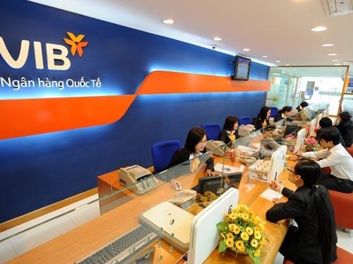 Một năm ngân hàng làm chuẩn quốc tế