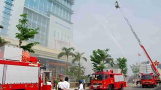 Tính chuyện chữa cháy nhà cao tầng