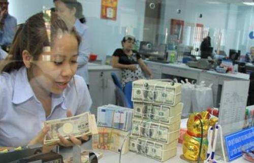 Tiền tiết kiệm USD trong dân không còn nhiều