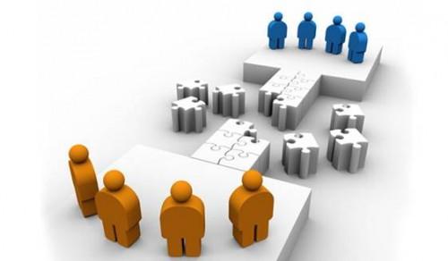 Sáp nhập công ty tài chính: Liệu cơm gắp mắm
