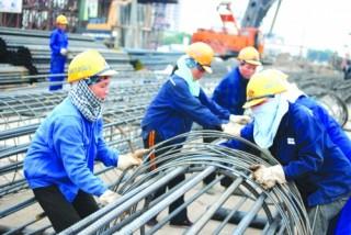 Không tăng năng suất lao động sẽ đánh mất lợi thế sân nhà?